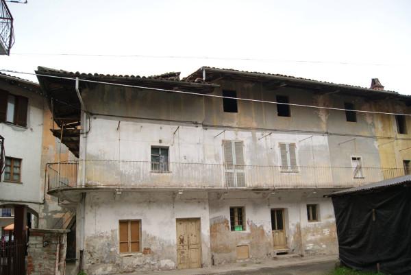 Casa indipendente in Vendita a Fiorano Canavese: 5 locali, 365 mq