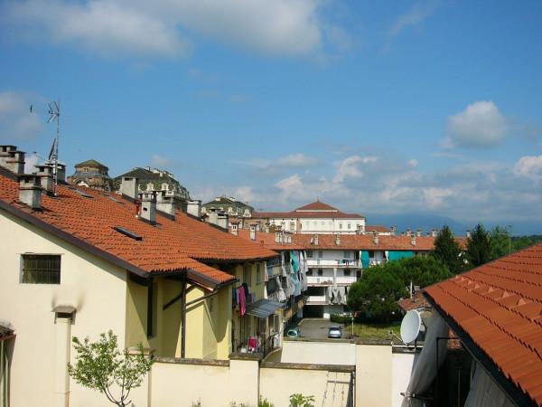 Appartamento in affitto a Venaria Reale, 2 locali, prezzo € 350 | Cambio Casa.it