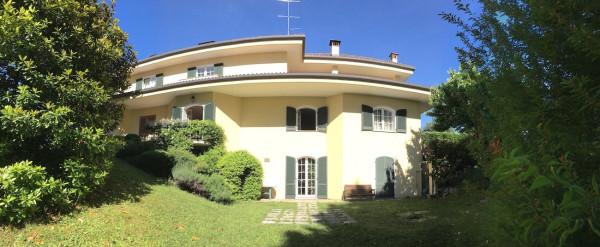 Villa in vendita a Imbersago, 6 locali, Trattative riservate | Cambio Casa.it