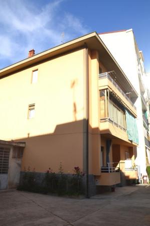 Bilocale Chieri Piazza Silvio Pellico 11