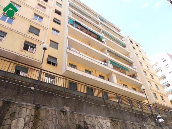 Bilocale Genova Via Aldo Manuzio 1