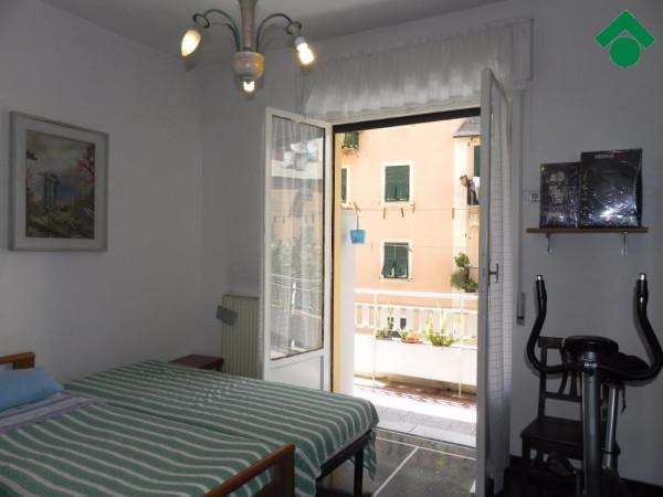 Bilocale Genova Via Aldo Manuzio 11