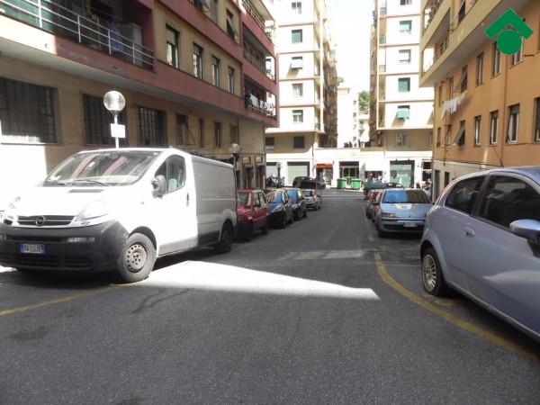Bilocale Genova Via Aldo Manuzio 3