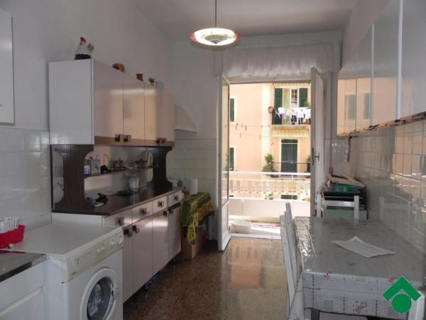 Bilocale Genova Via Aldo Manuzio 8