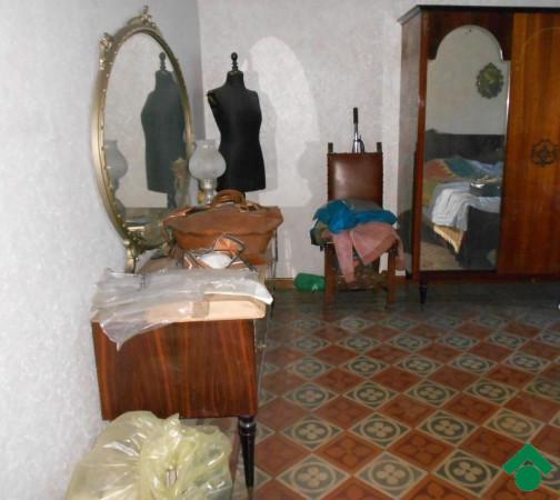 Bilocale Milano Via Gallarate 2