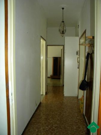 Bilocale Parma Via Enza 8