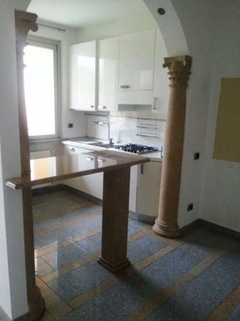 Appartamento in affitto a Varese, 2 locali, prezzo € 650 | Cambio Casa.it