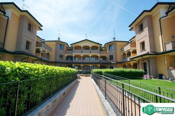 Appartamento in vendita a Zelo Buon Persico, 3 locali, prezzo € 215.000 | Cambio Casa.it