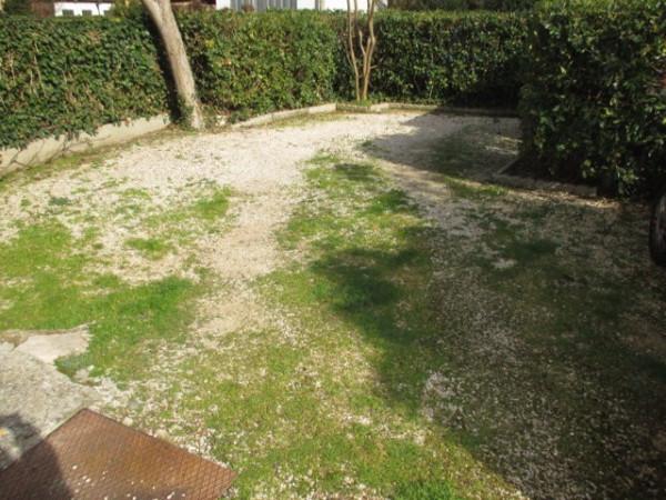 Villa in vendita a Pesaro, 4 locali, prezzo € 370.000   Cambio Casa.it