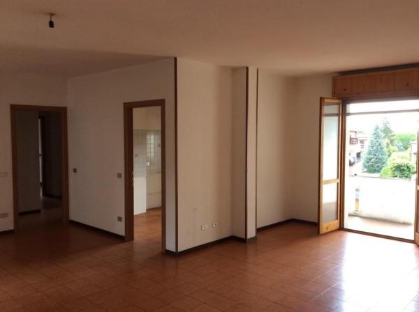 Appartamento in vendita a Formigine, 6 locali, prezzo € 150.000 | Cambio Casa.it