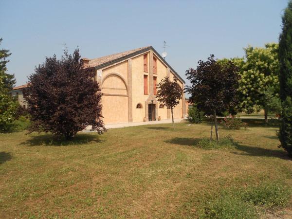 Rustico / Casale in vendita a Bondeno, 9999 locali, prezzo € 380.000 | Cambio Casa.it
