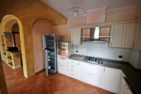 Appartamento in vendita a Chiavenna, 4 locali, prezzo € 159.000 | CambioCasa.it