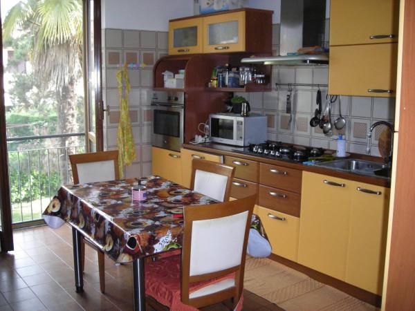 Appartamento in vendita a Fara Gera d'Adda, 3 locali, prezzo € 115.000 | Cambio Casa.it