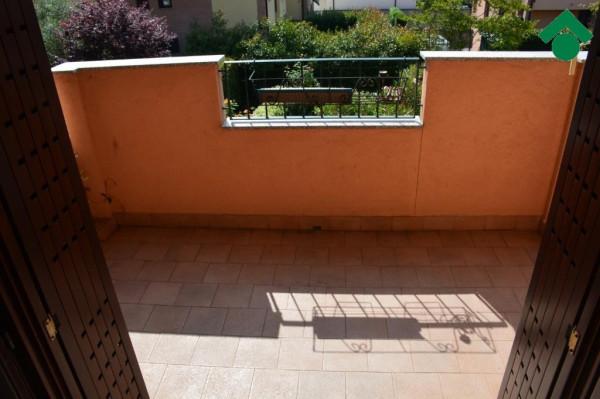 Bilocale Bernareggio Via Silvio Pellico 10