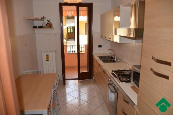 Bilocale Bernareggio Via Silvio Pellico 4