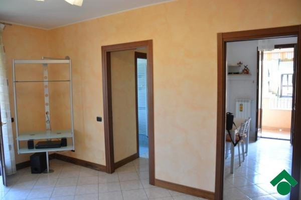 Bilocale Bernareggio Via Silvio Pellico 6