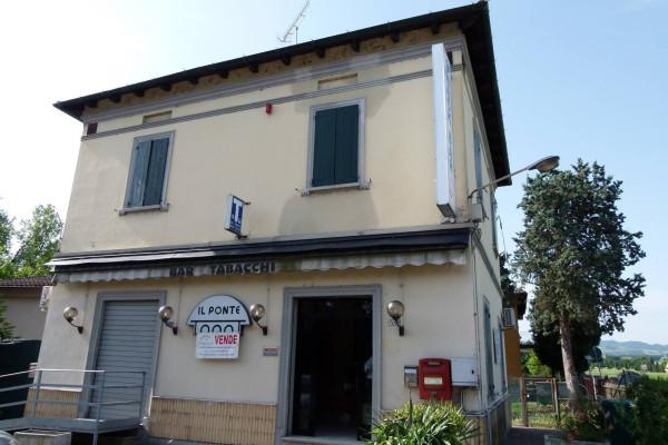 Immobile Commerciale in vendita a Castel San Pietro Terme, 6 locali, prezzo € 300.000 | Cambio Casa.it