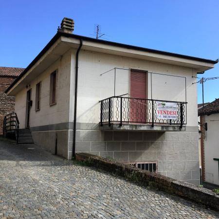 Villa in vendita a Govone, 4 locali, prezzo € 65.000 | Cambio Casa.it