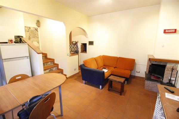 Bilocale Lucca Via Vecchia Quarta 1