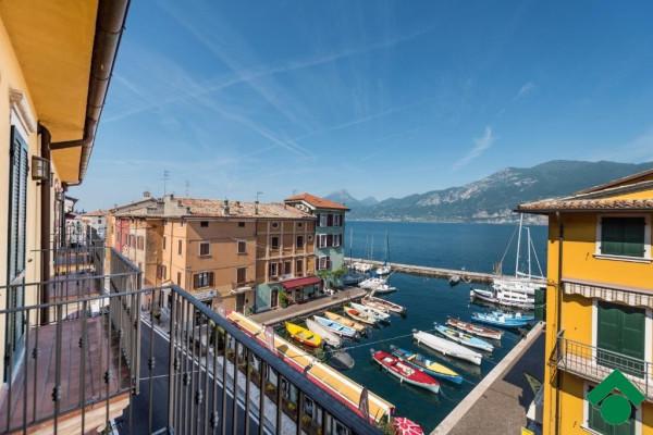 Attico / Mansarda in vendita a Brenzone, 3 locali, prezzo € 290.000 | Cambio Casa.it