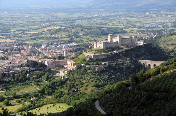 Negozio / Locale in vendita a Spoleto, 1 locali, prezzo € 80.000 | Cambio Casa.it