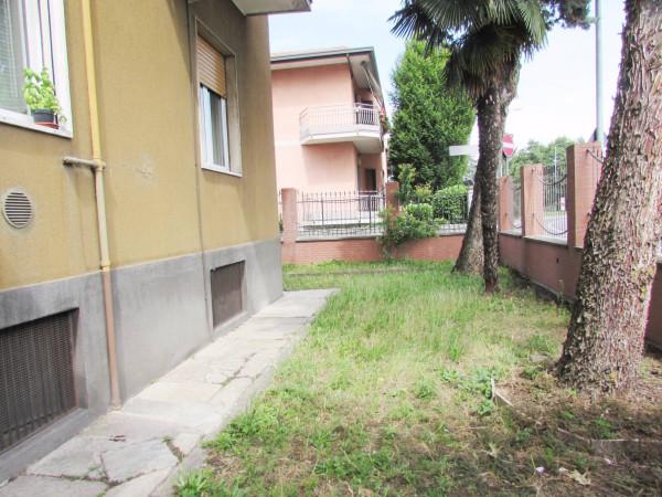 Bilocale Cinisello Balsamo Via Giovanni Segantini 3