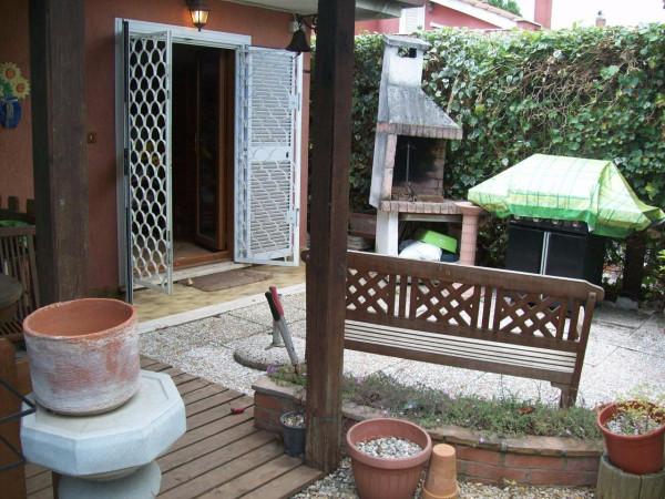 Villa in vendita a Ladispoli, 5 locali, prezzo € 240.000 | Cambio Casa.it