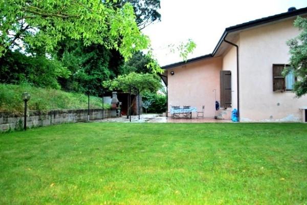 Villa in Vendita a Corciano: 5 locali, 205 mq