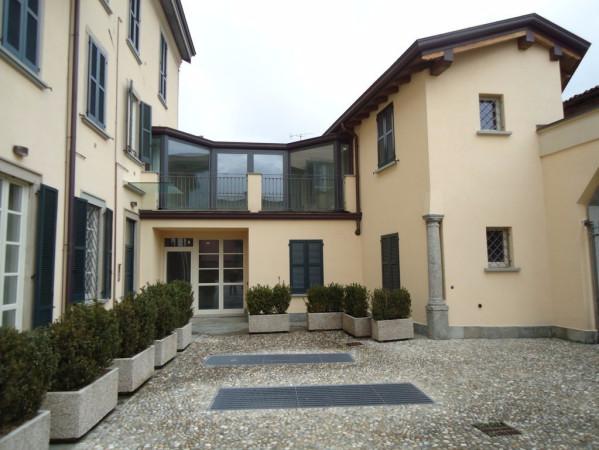 Appartamento in vendita a Barzago, 9999 locali, prezzo € 205.000 | Cambio Casa.it
