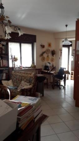 Appartamento in vendita a Genzano di Roma, 3 locali, prezzo € 189.000   Cambio Casa.it