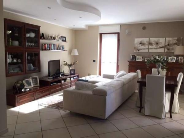 Attico / Mansarda in vendita a Novara, 4 locali, prezzo € 240.000 | Cambio Casa.it