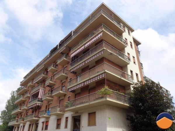 Bilocale Torino Via Calabria, 40 1
