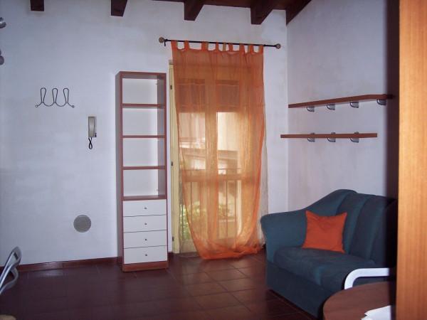 Bilocale Castenedolo Via Giosuè Carducci 6