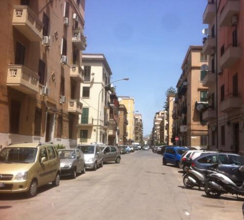 Appartamento in Vendita a Palermo Centro: 4 locali, 105 mq