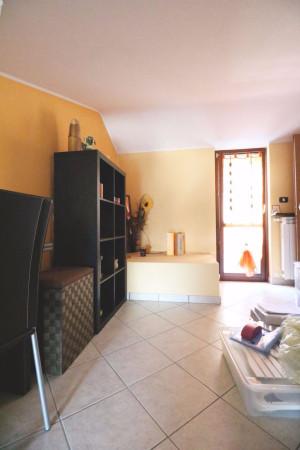 Bilocale Madone Via Della Croce 12