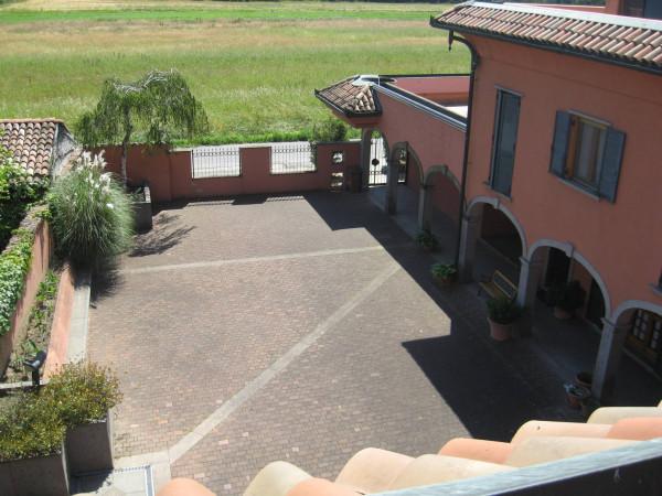 Villa a Schiera in vendita a San Colombano al Lambro, 4 locali, prezzo € 220.000 | Cambio Casa.it