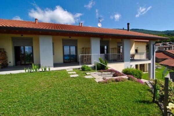Villa in vendita a Comerio, 6 locali, prezzo € 750.000   Cambio Casa.it