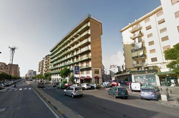Bilocale Napoli Via Pasquale Baffi, 15 2
