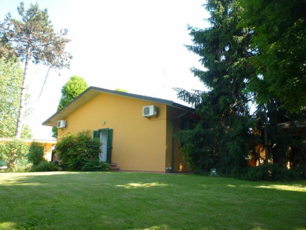 Villa in vendita a Massalengo, 4 locali, prezzo € 397.000 | Cambio Casa.it