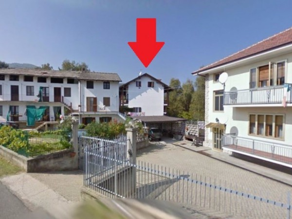 Villa in vendita a Giaveno, 6 locali, prezzo € 165.000 | CambioCasa.it