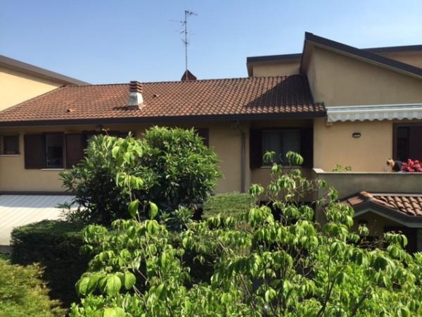 Villa a Schiera in vendita a Vedano al Lambro, 3 locali, prezzo € 278.000 | Cambio Casa.it
