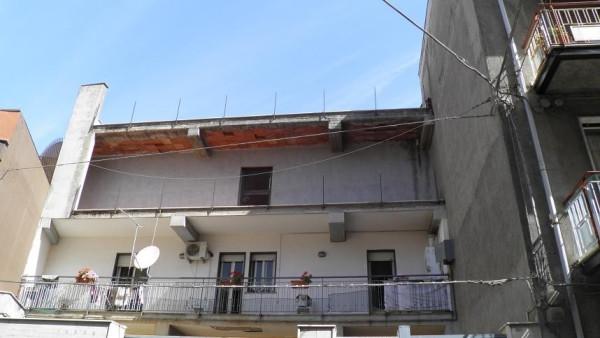 Appartamento in vendita a Paternò, 6 locali, prezzo € 85.000 | Cambio Casa.it
