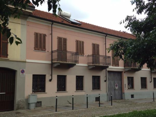 Bilocale Torino Via Errico Giachino 2