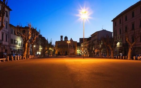 Bilocale Livorno Piazza Venti Settembre 8