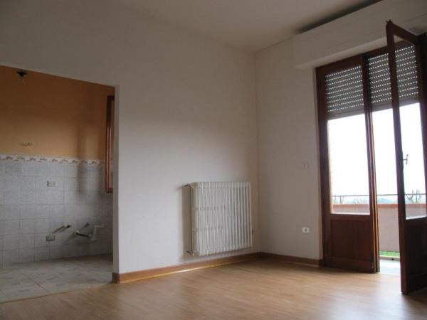 Appartamento in Affitto a Pistoia Periferia Est: 5 locali, 100 mq