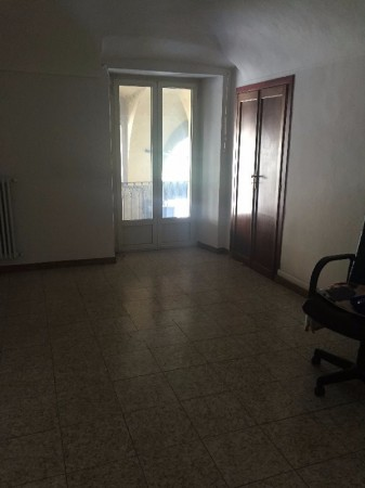 Ufficio / Studio in affitto a Pinerolo, 4 locali, prezzo € 600 | Cambio Casa.it