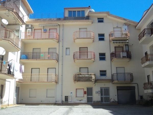 Appartamento in vendita a Gioiosa Marea, 9999 locali, prezzo € 95.000 | Cambio Casa.it