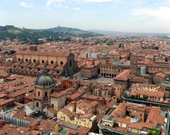 Bilocale Bologna Via Frassinago 6