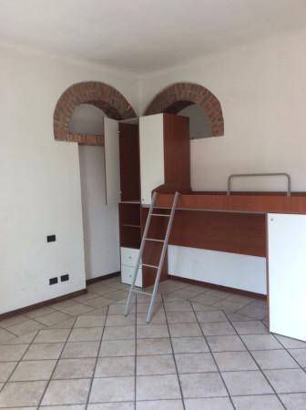 Bilocale Legnano Via Mauro Venegoni 2