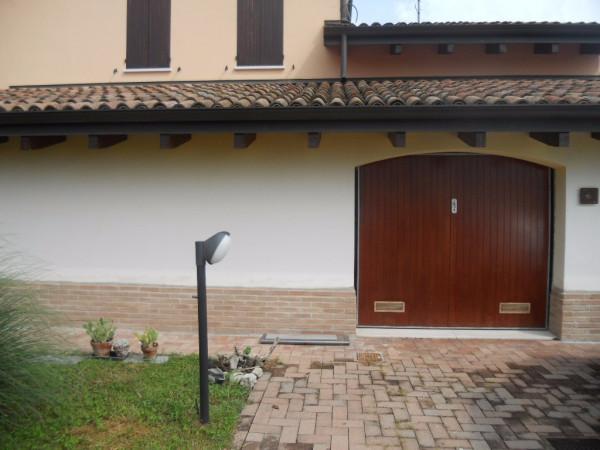 Soluzione Indipendente in affitto a Guastalla, 4 locali, prezzo € 590 | Cambio Casa.it
